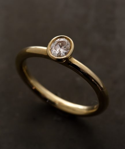 0.23ct Oval Diamond K18 Gold Ring [Limited]